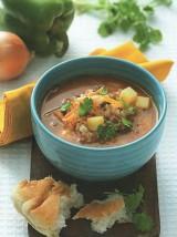 Рисовый суп на красном бульоне