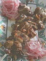 Шашлыки из куриной печенки с курдючным салом