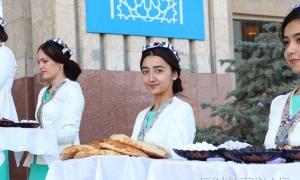 Фото: Встреча участников фестиваля «Шарк тароналари»